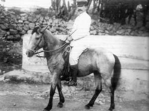 """Dokter Lens werd de """"eerste chirurg"""" van Curaçao genoemd."""